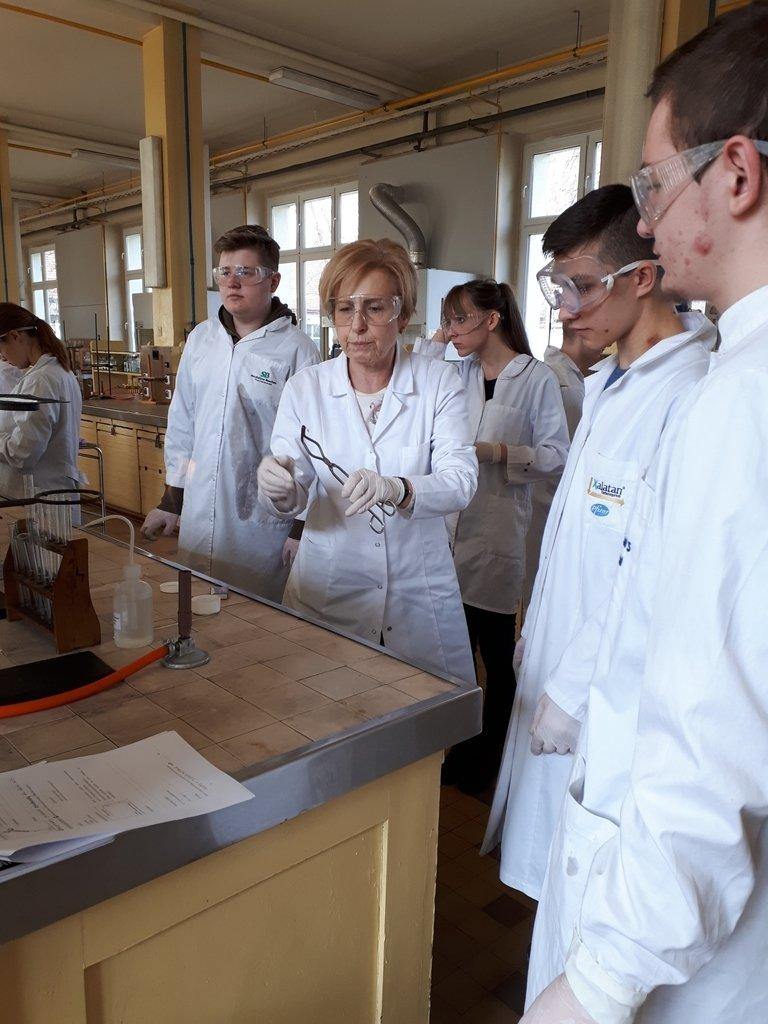 2018-laboratorium_chemiczne (4)